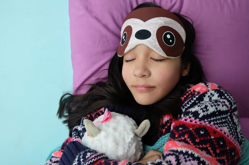 Pull out your Cricut Maker or Cricut Explore and sewing machine and whip up this DIY Sloth Sleep Mask in just 15 minutes! This easy sewing tutorial walks you through step by step. Perfect for handmade gifts for sloth lovers or for a sloth themed birthday party! #Sloth #handmade #CricutMaker #CricutProject