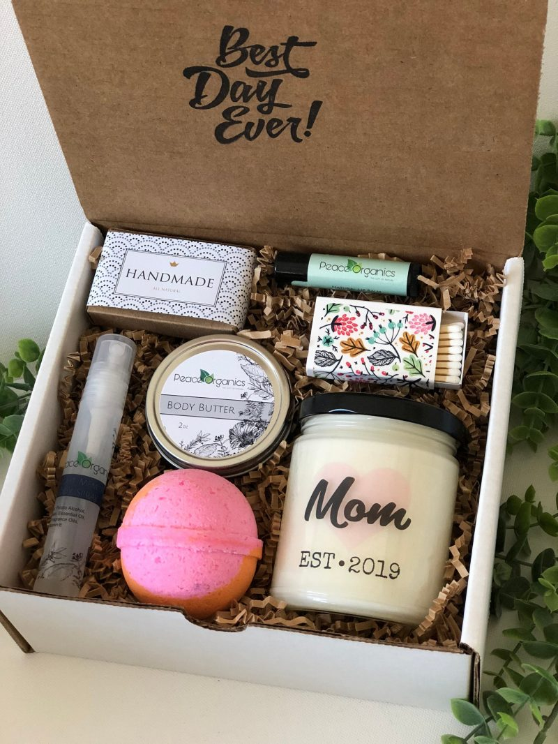 Shop Handmade Mother's Day Gift Ideas For Mom: Mom Spa Kit from Peace Organics