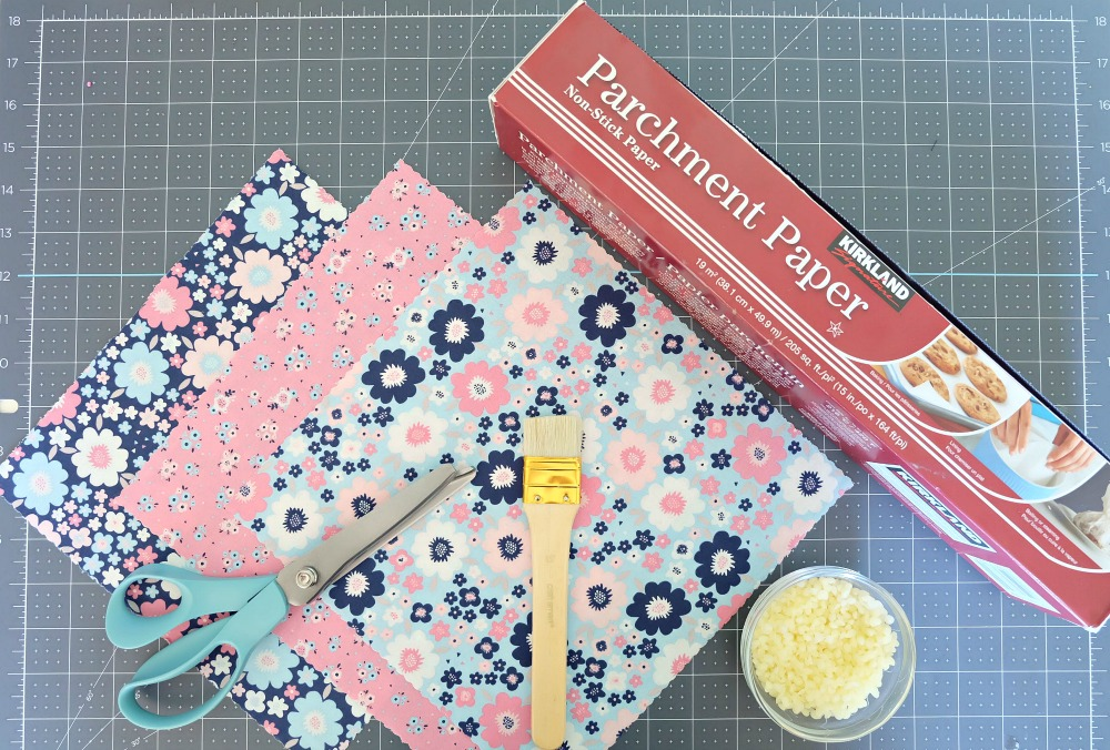 Instructions for making Easy DIY Beeswax Food Wrap