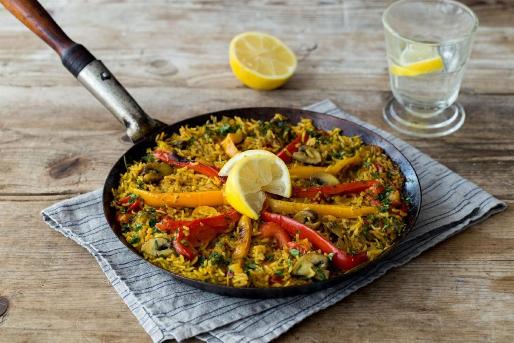 recipes with turmeric-vegetarian-paella-HelloFresh