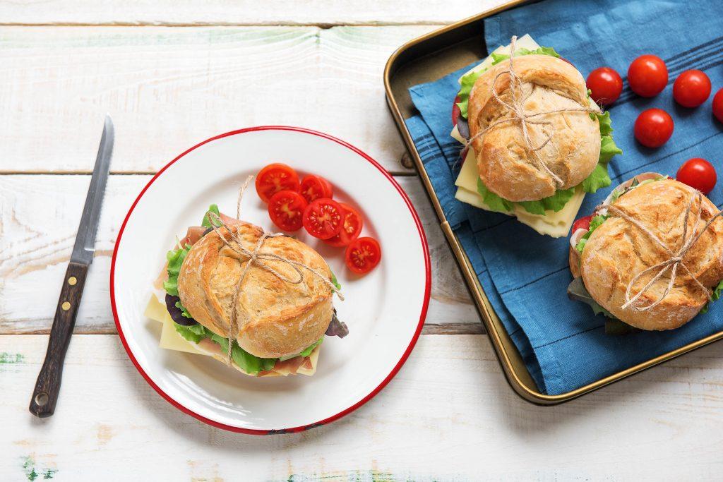picnic menu-sandwich-HelloFresh