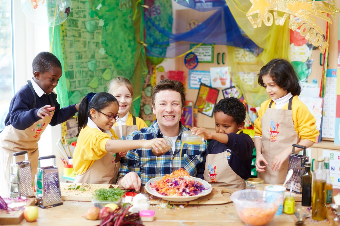 Watch Jamie Oliver: I Don't Want My Kids To Have The Life I've Got video
