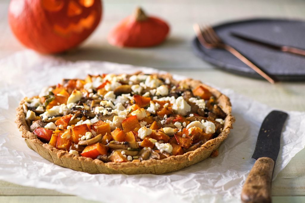 healthy Halloween treats-HelloFresh-pumpkin-quiche