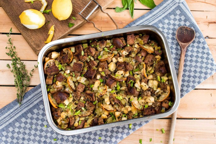 Best Thanksgiving Sides-HelloFresh-traditional-stuffing