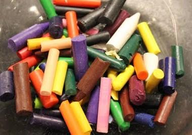 DIY Easter Egg Crayons