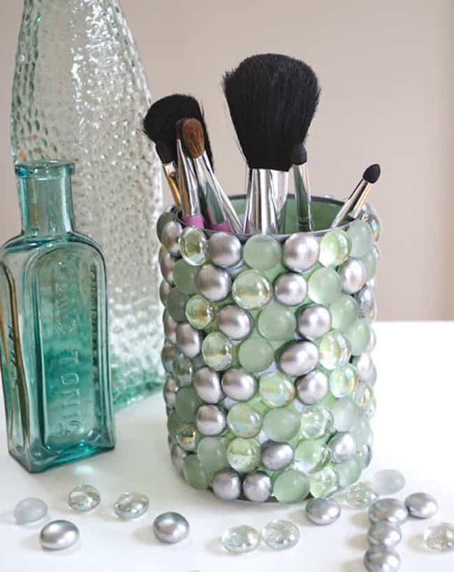 make-up brush holder