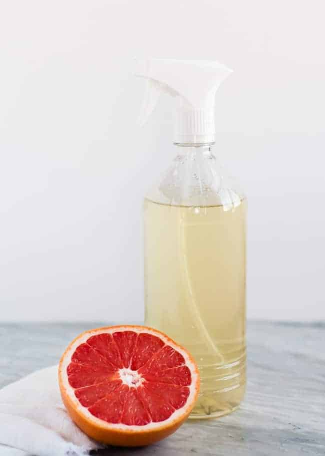 DIY Grapefruit-Infused All Purpose Cleaner | HelloGlow.co