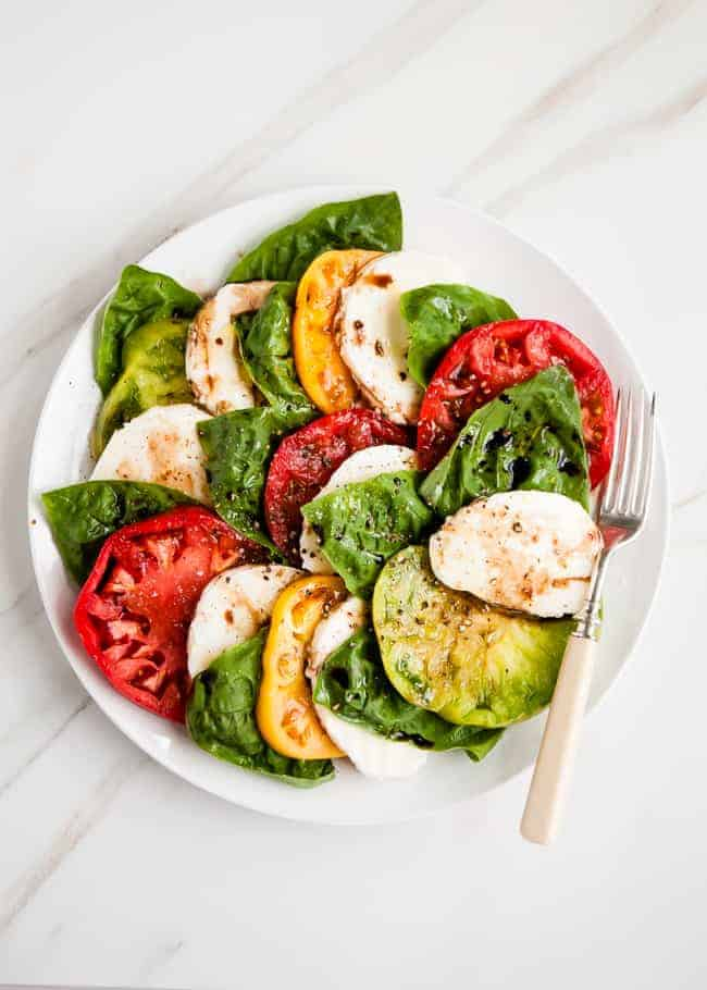 Tomato Basil Caprese Salad | HelloGlow.co