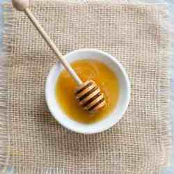 10 Homemade Healing Uses for Honey