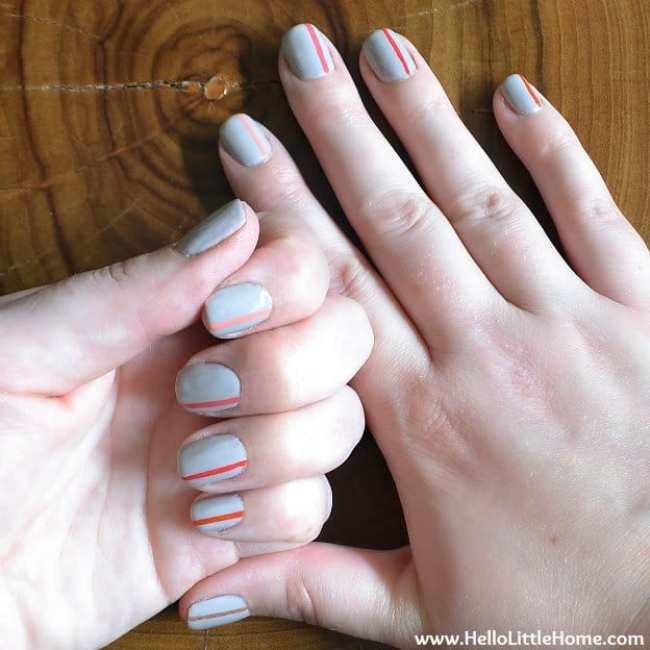 easy-striped-nail-art-2