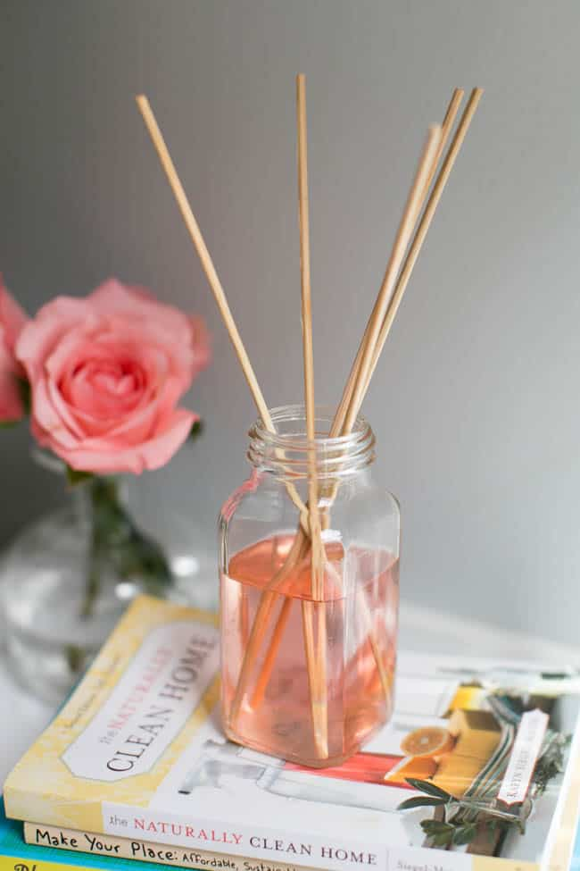 3 DIY Air Fresheners Made with Recycled Materials + Earth