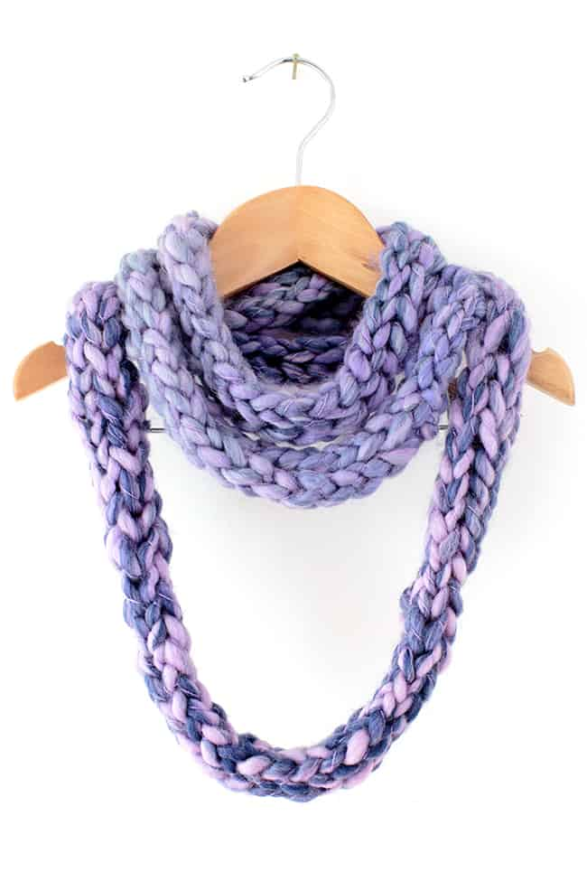 DIY Finger Knit Infinity Scarf