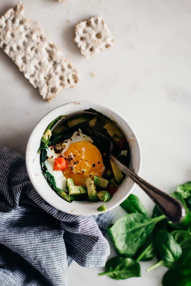 BLT Egg Cups Recipe