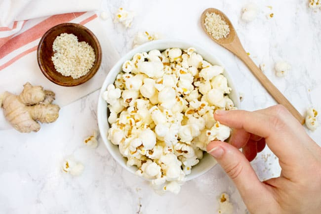 3 Healthy Ways to Perk Up Your Popcorn