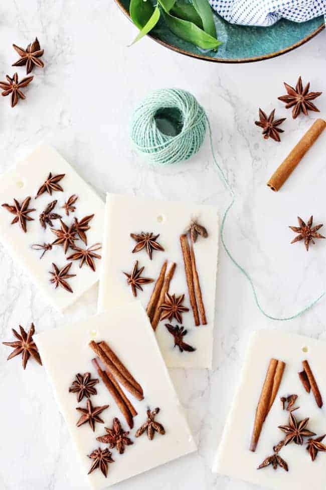 DIY Holiday Wax Sachets