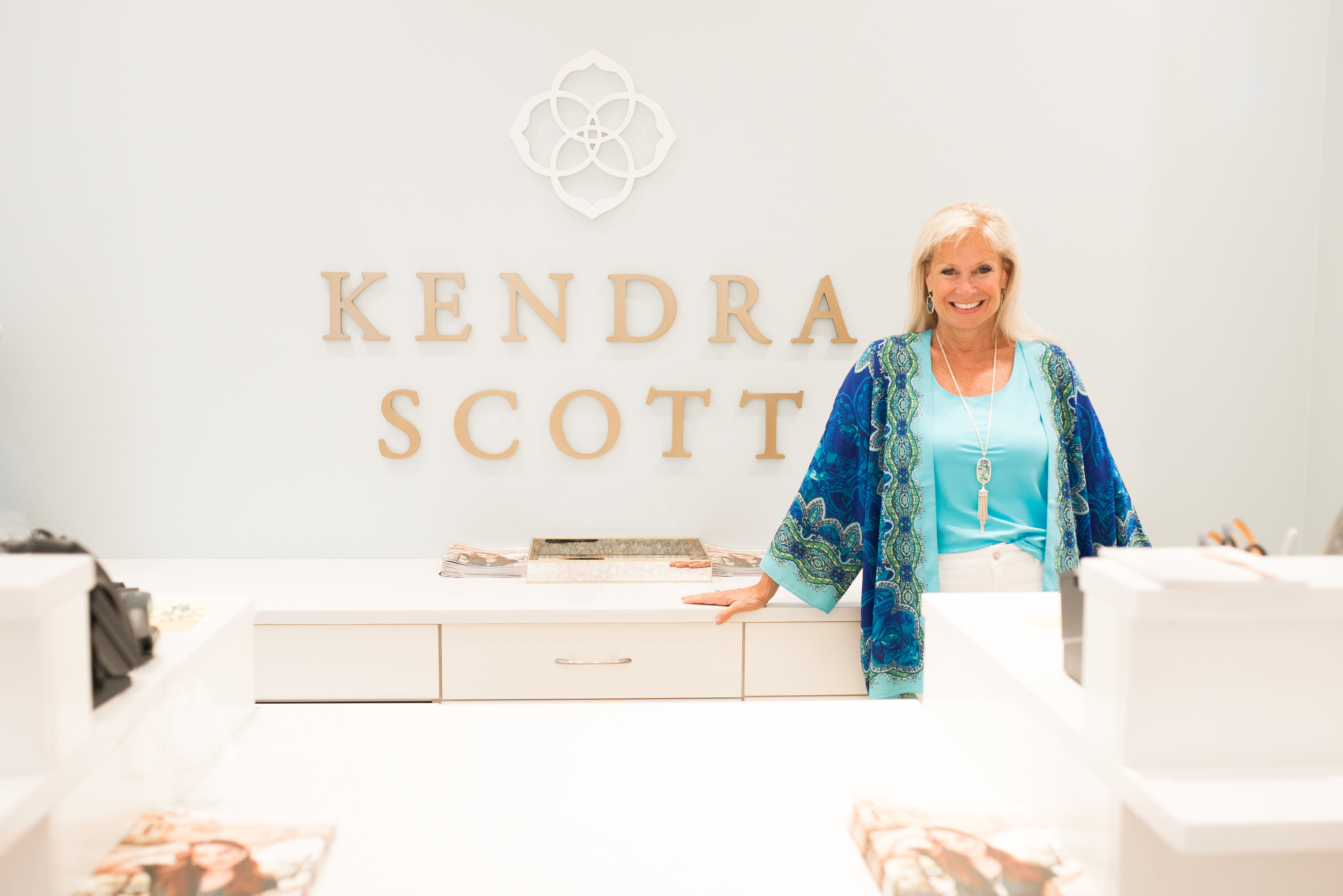 I Had A Wonderful Time Hosting My Very First Event Wearing 2 Hats One As An Interior Designer And The Othera Fashion Blogger For Kendra Scott Fall