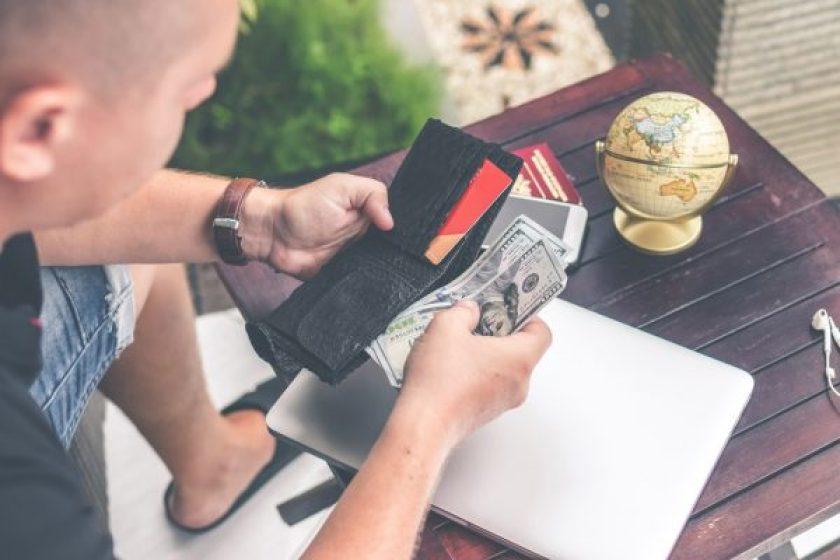 Biaya admin kartu kredit mahal