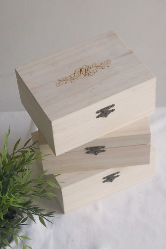 Custom wood engraving for your special day ♥