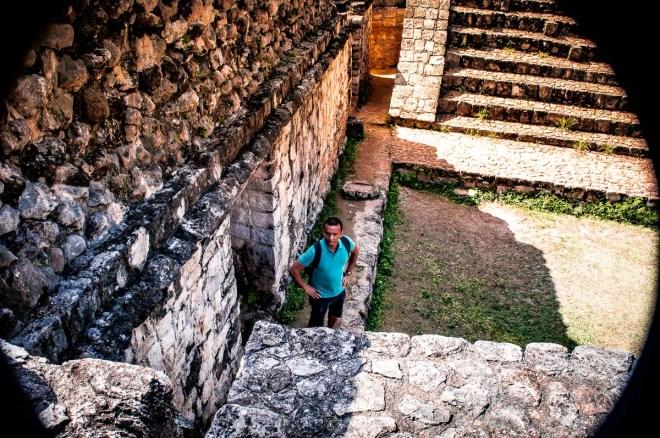 se balader dans les ruines d'ek balam