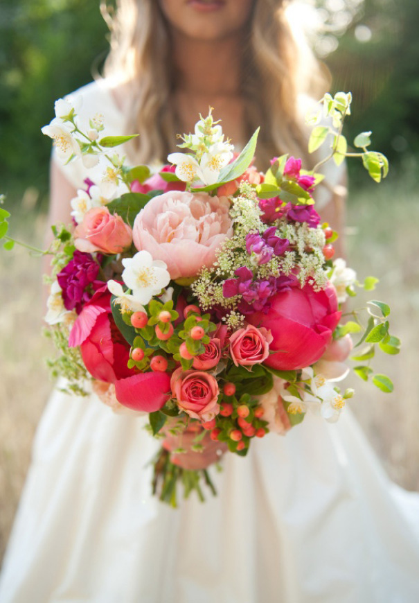 cool beautiful wild flowers bridal bouquet inspiration wedding