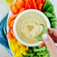 Extra-Creamy No-Oil Hummus + VIDEO