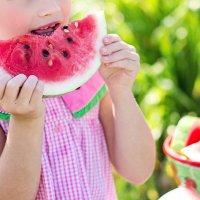 6 trucos para conseguir que tus hijos coman sano