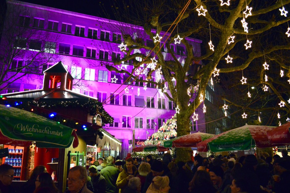 Christmas Zurich | Switzerland on a budget | Hello Raya Blog