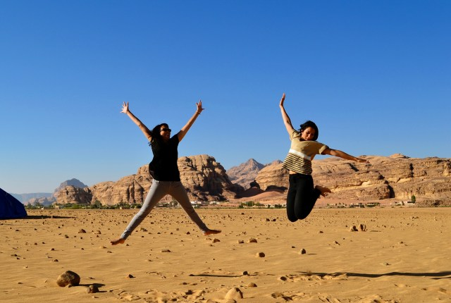 Jumping in Wadi Rum | Places to Visit in Jordan | Hello Raya Blog