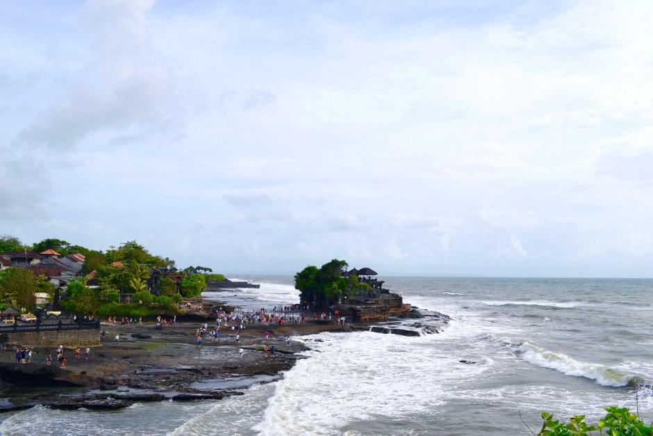 Tanah Lot | Sunset in Bali | Hello Raya Blog
