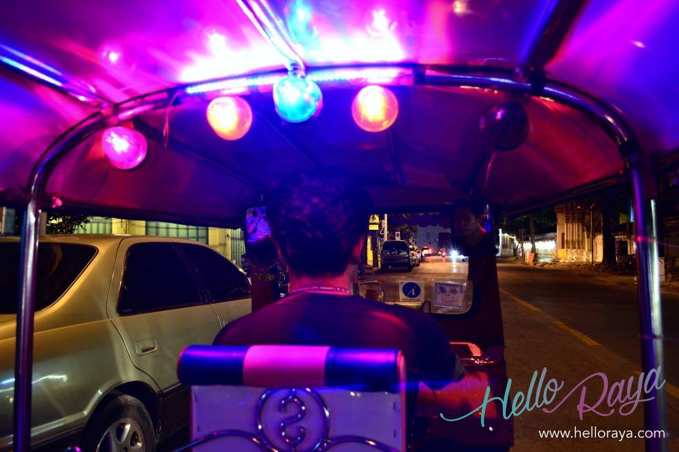 Riding the Tuk Tuk Bangkok | Where to eat in Bangkok, Thailand - Midnight Food Tour | Hello Raya Blog