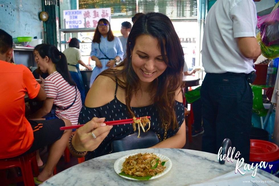 Eating street food | 12 Things to do in Penang & Georgetown | Hello Raya Blog