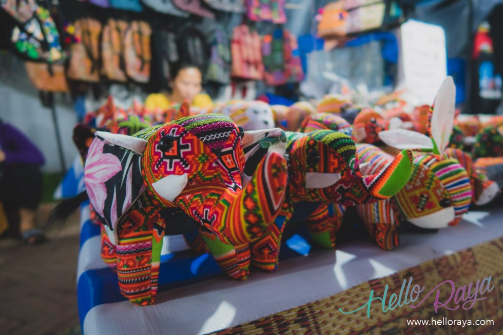Luang Prabang Night Market | 13 Things to do in Luang Prabang | Hello Raya Blog