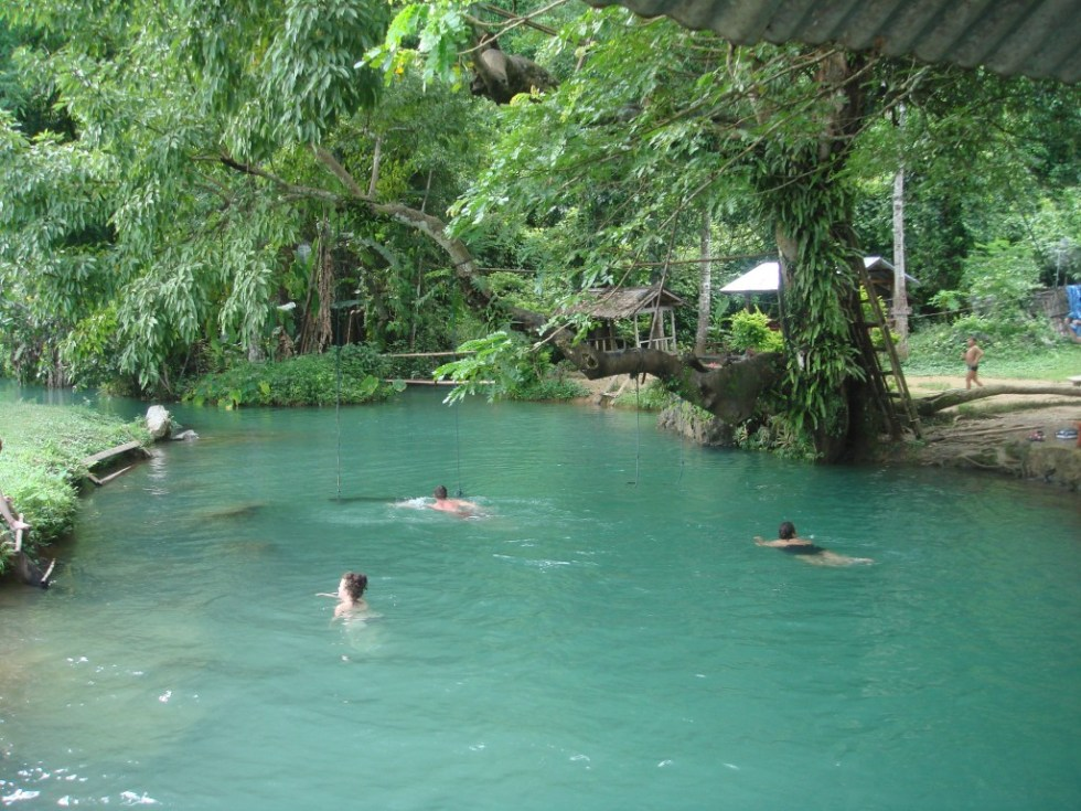 Swimming in the Blue Lagoon | 10 Things to do in Vang Vieng | Hello Raya Blog