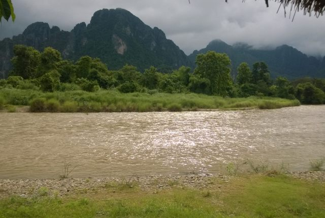 Nam Song River | | 10 Things to do in Vang Vieng | Hello Raya Blog