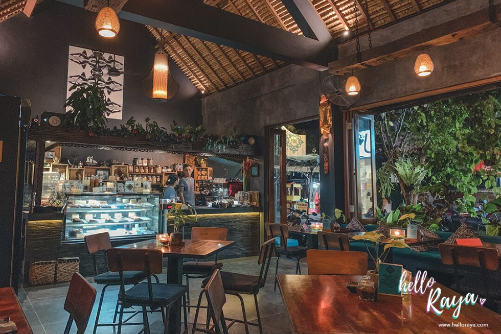 Canggu Restaurants - Cafe Vida | Hello Raya Blog