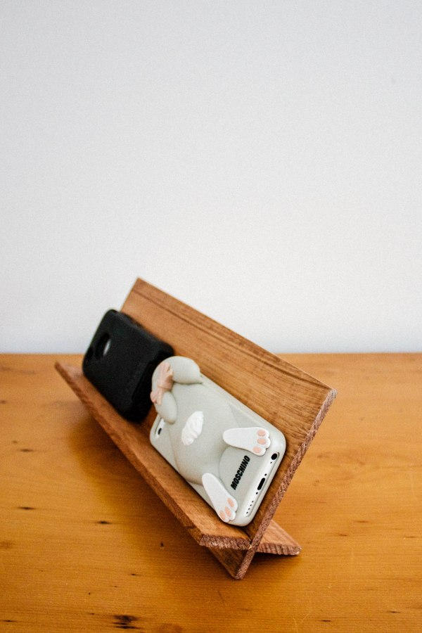Cellphone Holder DIY 7