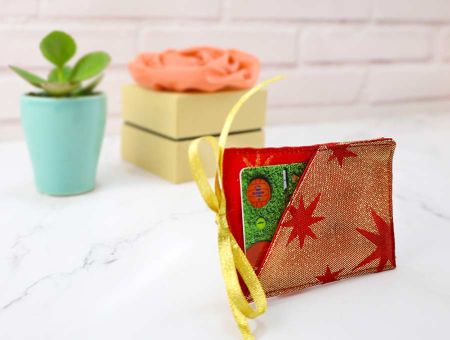 Easy Christmas Gift Card Holder Free Sewing Pattern