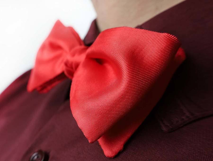 DIY Bow Tie for Kids or Adults - Free Sewing Pattern