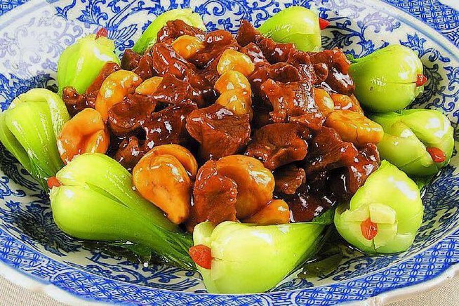 Chestnut and Pak Choi Stir-fry Ban Li Shao Cai Xin 板栗烧菜心