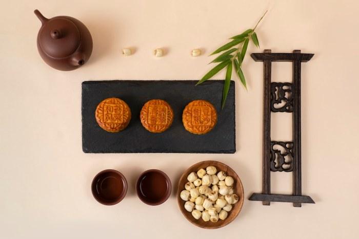 Pairing mooncake with pu erh tea pairing