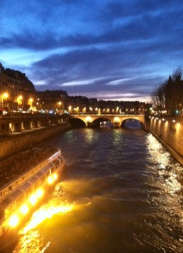 Along La Seine at dusk.