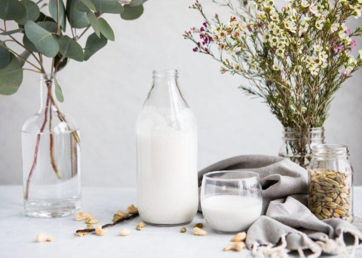 Homemade Cardamom Vanilla Cashew Milk