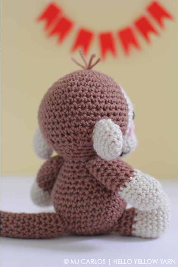 Baby-Monkey-HYY10