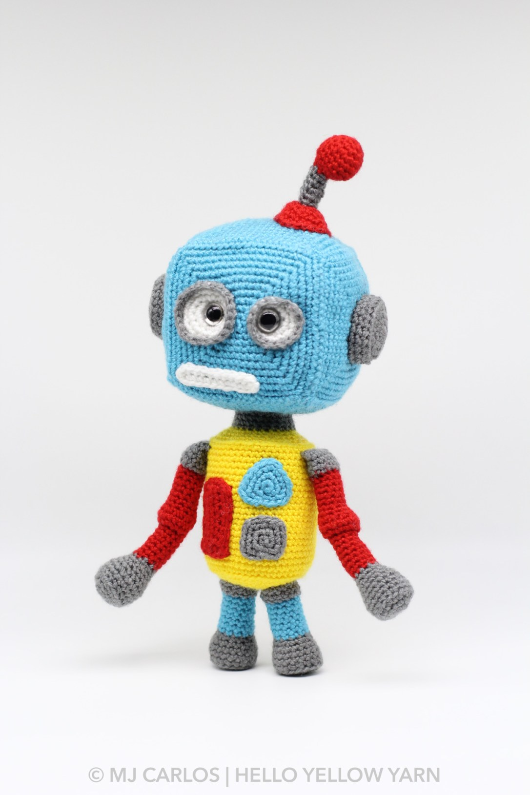 Circuit the Robot Amigurumi Pattern