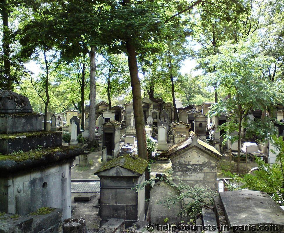 Père Lachaise in Paris