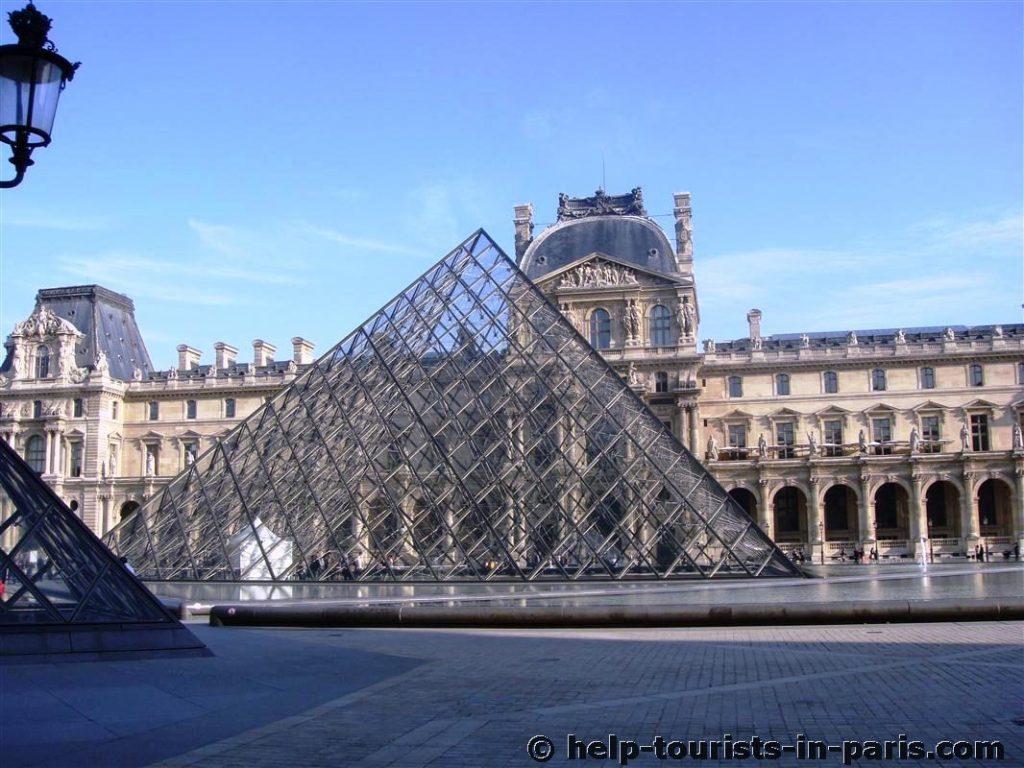Ein Besuch im Louvre in Paris