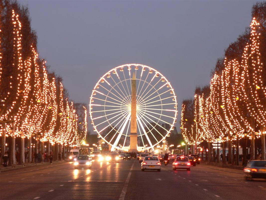 Champs-Elysées zu Weihnachten