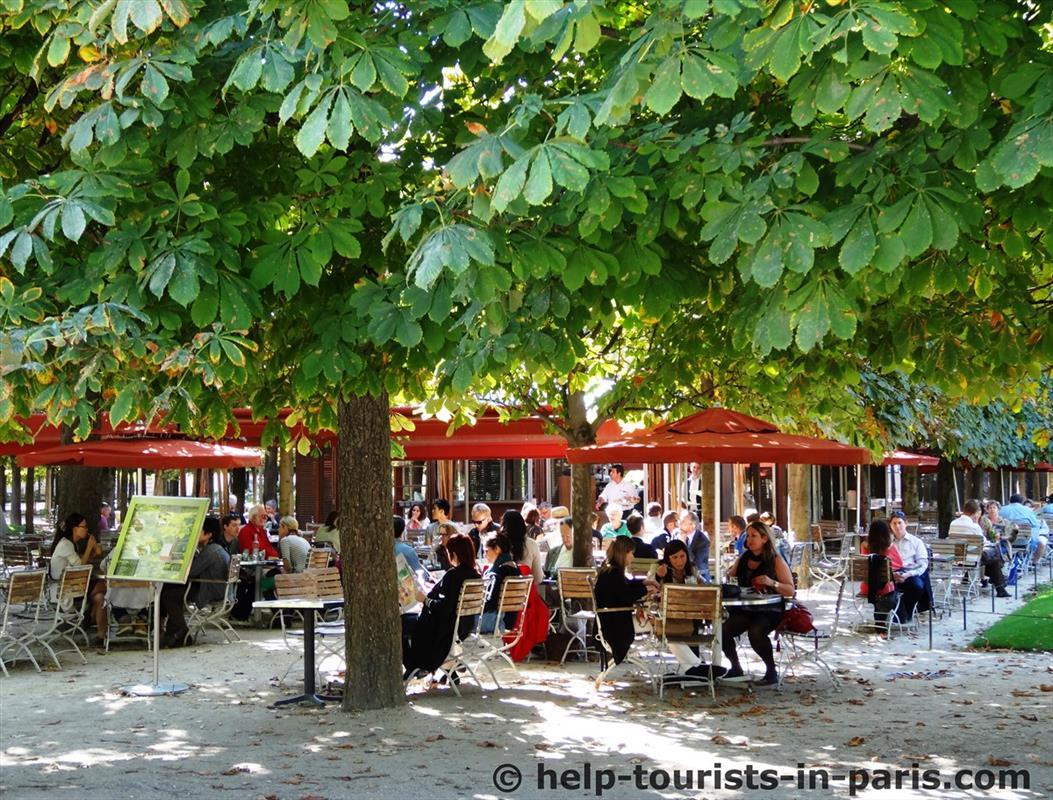 Café im Tuileriengarten