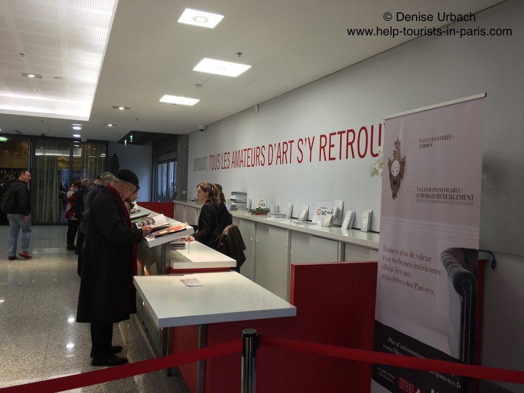 Besuch im Auktionshaus Drouot in Paris