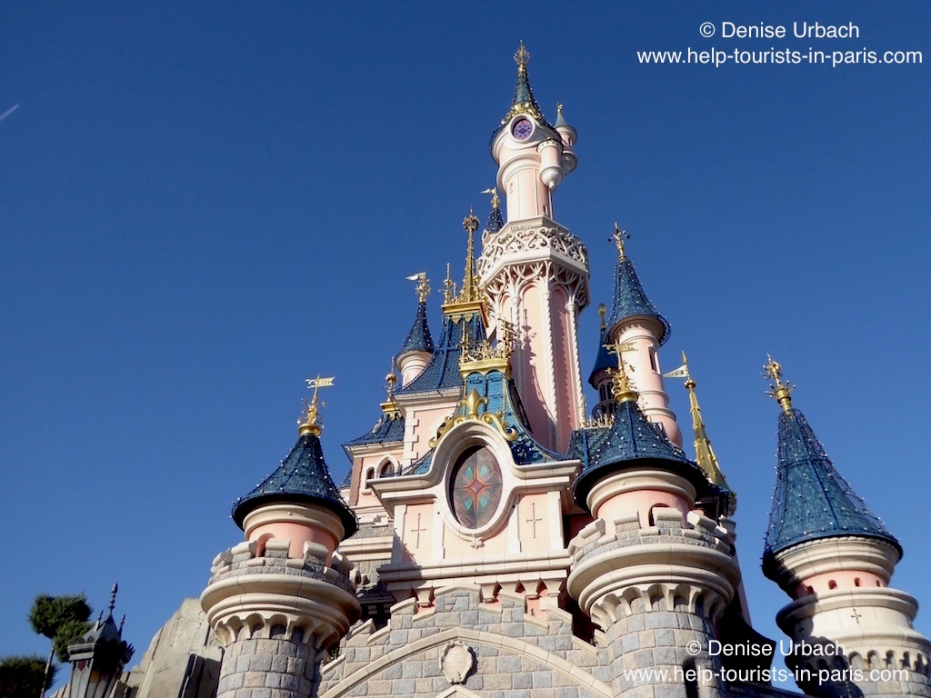 Karte Disneyland Paris Attraktionen.Disneyland Paris 2019 Offnungszeiten Angebote Eintritt